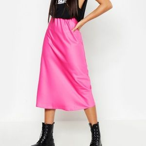 Boohoo hot pink  satin skirt